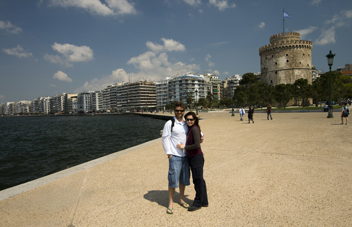 ET and Sally in front of the White Tower and Thessaloniki\'s waterfront