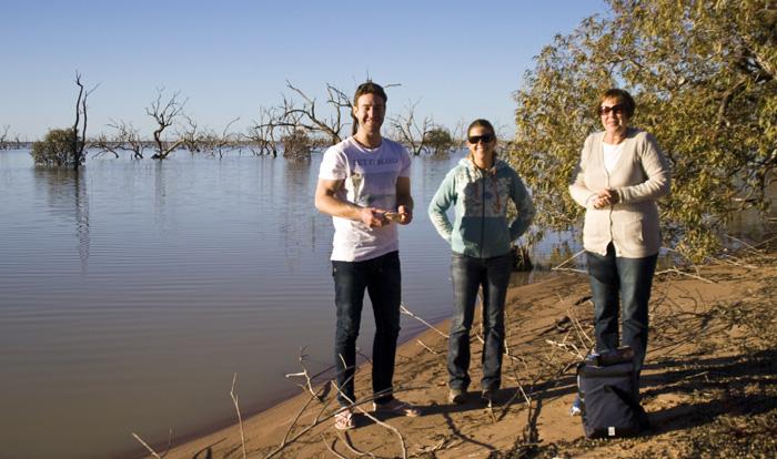 Todd, Lisa and Judy at Lake Pamamaroo