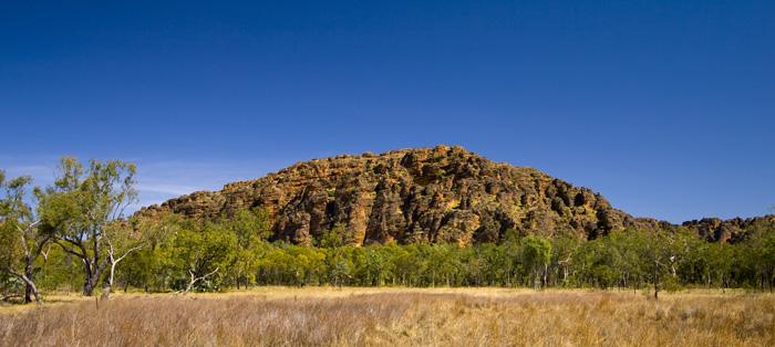 Rock formations behind Jarnem campground