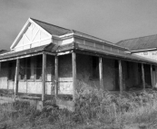 House along the beachfront near Cottesloe