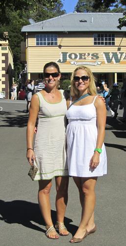 Cheryl and Lisa at Eumundi Markets