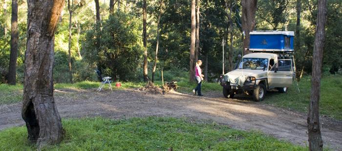 Camping at The Diggings alongside Broken River