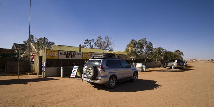 Australia\'s smallest town: William Creek (population 10)