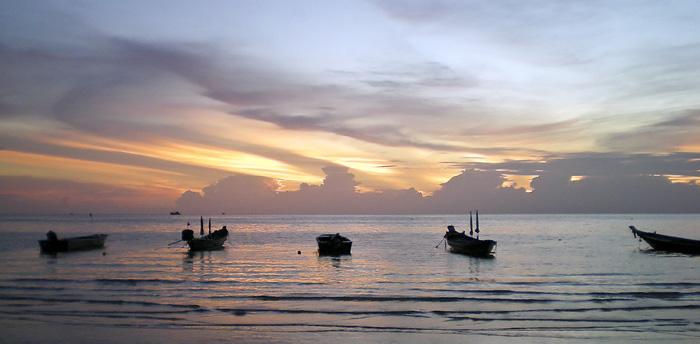 Sunset over Sairee Beach