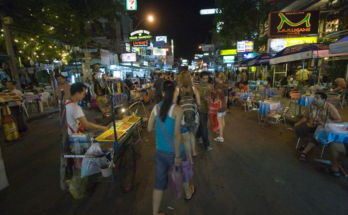 Khaosan Road by night