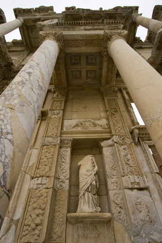One of Ephesus\' main attractions: the Library of Celsus