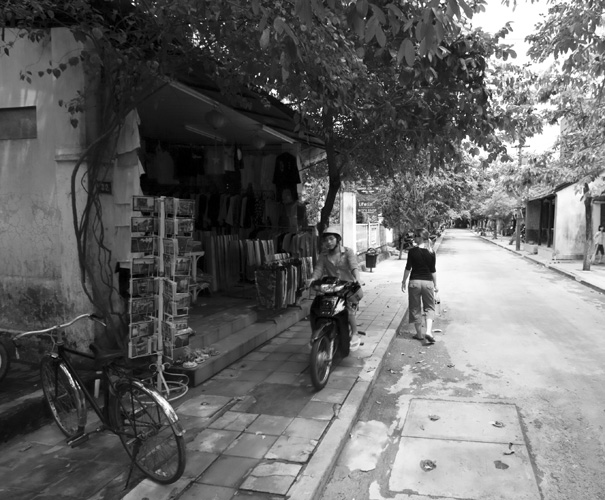 Lisa exploring the streets of Hoi An\'s old town