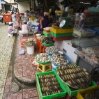 Live crabs (even though they don\'t look it) in Ben Tanh Market