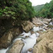 One of the many streams making its way down the side of Fan Xi Pan