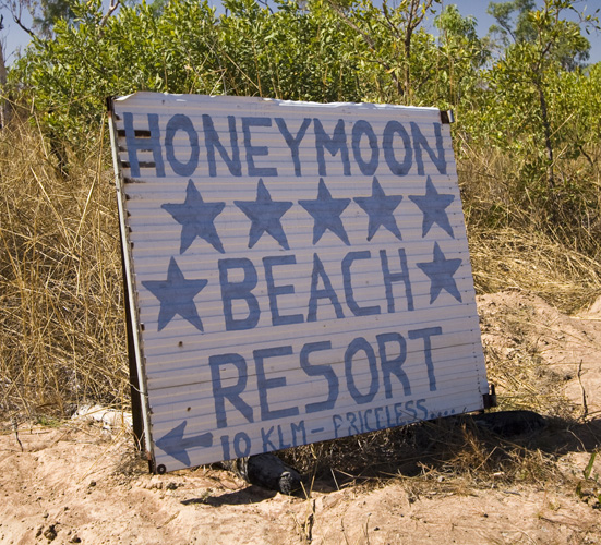 The turnoff to Honeymoon Bay