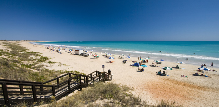 The beautiful white sand and turquoise water of Cable Beach
