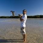 Sam scores a mud crab at Gambanan