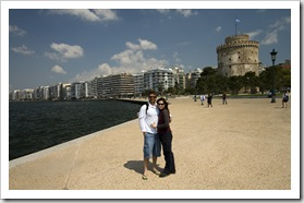 ET and Sally in front of the White Tower and Thessaloniki's waterfront