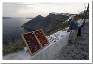 Lisa buying a necklace on the path between Firostefani and Fira