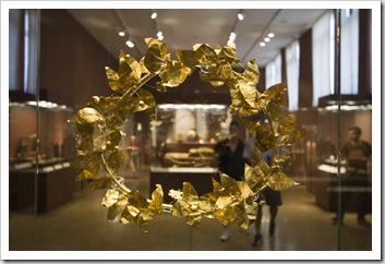 Goldean leaf crown in the National Archaelogical Museum