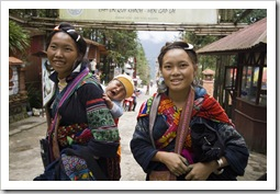 A couple of H'Mong girls we chatted to one afternoon in Sapa