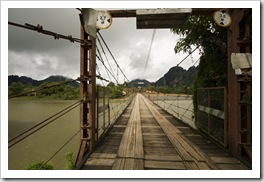 A bridge over the Nam Xong River in Vang Vieng
