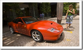 Lots of nice cars in Singapore: Lisa next to a Ferrari 575M Maranello