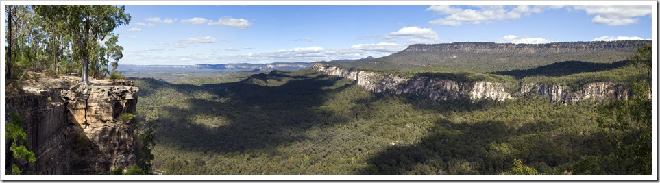 Panoramic of Carnarvon Gorge's entrance from Boolimba Bluff
