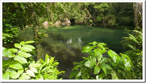 Beautiful swimming hole at Babinda Boulders