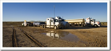 Road trains stranded in Innamincka on Wednesday morning