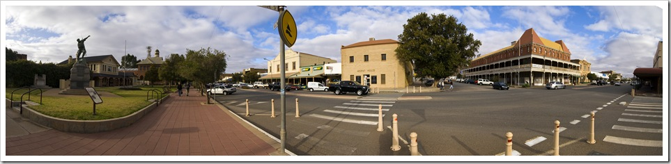 Argent Street in central Broken Hill